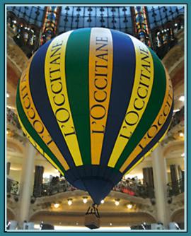 Modellballon L´Occitane, Werbung auf Augenhöhe, Markenbildung, Brand Image, der imposante Werbeträger